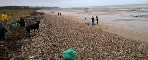 Week-end d'un gnome (écolo) : Dimanche – Nettoyage de la plage de Tardinghen